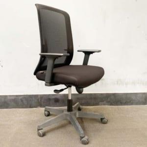 Ghế văn phòng cao cấp chân xoay Mandy-D 02 HOGVP069